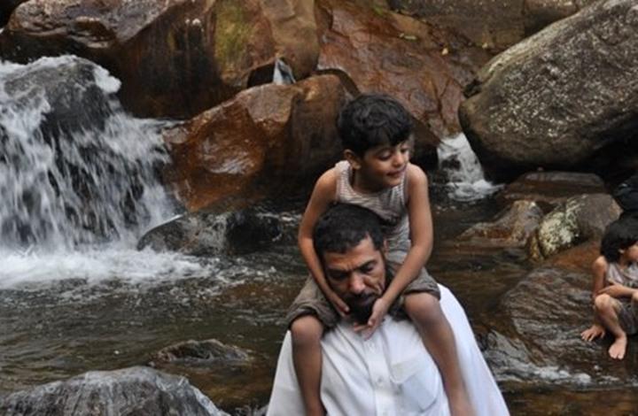 ماذا قال العودة عن حالة ابنه الراقد في غيبوبة؟ (صورة)