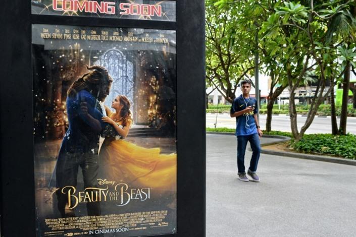 """فيلم """"الجميلة والوحش"""" يتصدر شباك التذاكر بأمريكا"""