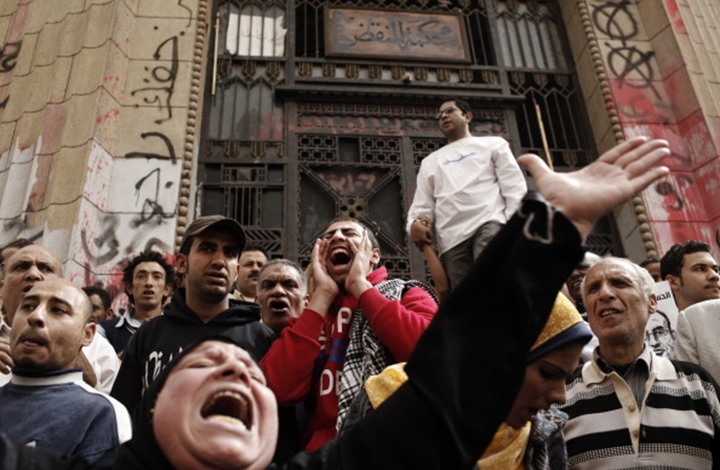 "معارض مصري بعد تهديده: ""مش هتكلم تاني واعتبروني مجنون"""