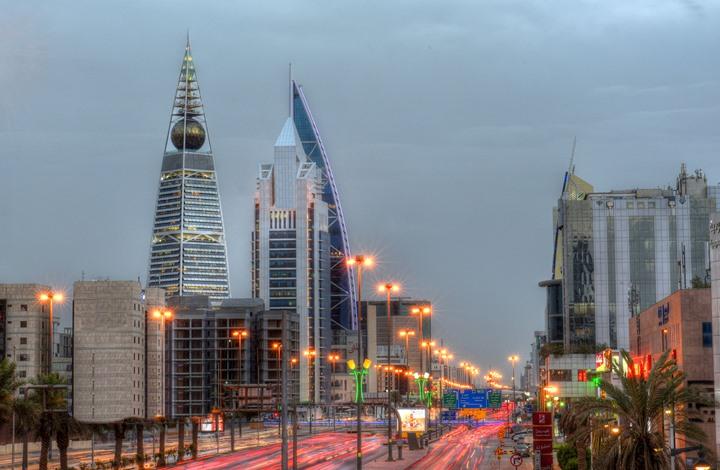 بماذا تتميز السعودية عن الإمارات لدى الشركات الأجنبية؟