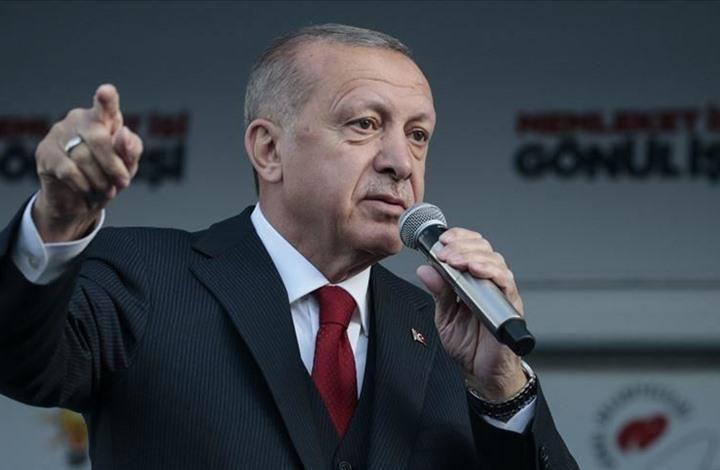 أردوغان يستذكر انقلاب 1997: اعتقلوني لأنني ألقيت شعرا