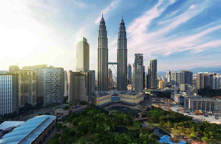 """ماليزيا تقول إنها لم تسحب دعاوى قضائية بحق """"آيبيك أبوظبي"""""""