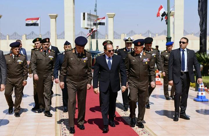 اجتماع أمني للسيسي مع قادة الجيش والشرطة (صور)