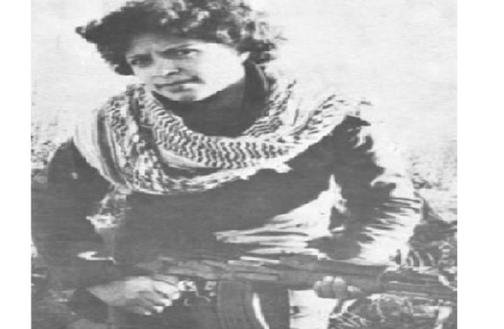 """كيف أقامت دلال """"الجمهورية الفلسطينية"""" في """"باص""""؟"""