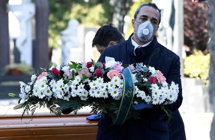 حكومة بريطانيا تطمئن المسلمين بشأن حرق جثث ضحايا كورونا