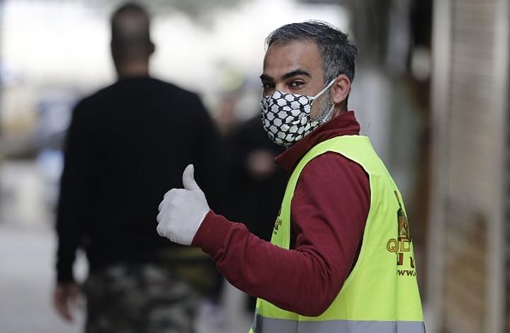 """فلسطينيو لبنان يحصنون مخيماتهم لمواجهة """"كورونا"""""""