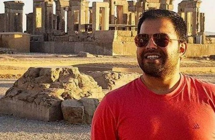 دبلوماسيان إيرانيان حرضا على قتل منشق إيراني بتركيا