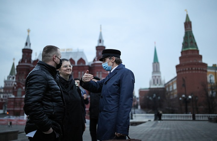 """لعدم التزامهم بالتدابير السابقة.. """"كورونا"""" تحبس سكان موسكو"""