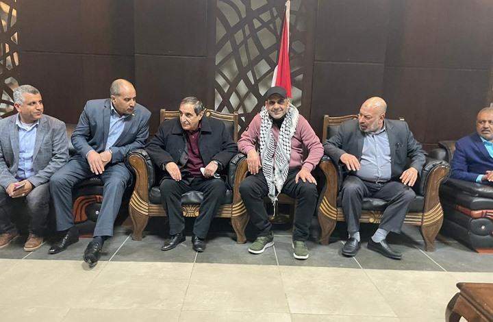 ماذا وراء تواصل عودة كوادر تيار دحلان إلى غزة بهذا التوقيت؟