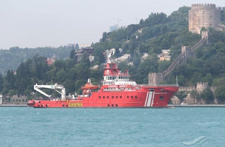 """تركيا وأمريكا تعرضان مساعدة مصر لتعويم """"السفينة الجانحة"""""""