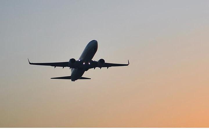 الحرس الثوري يعلن إحباط عملية اختطاف طائرة مدنية بإيران