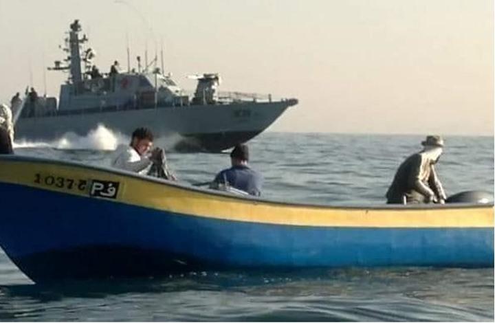 الاحتلال يستهدف صيادي غزة ويستولي على أراض بالضفة