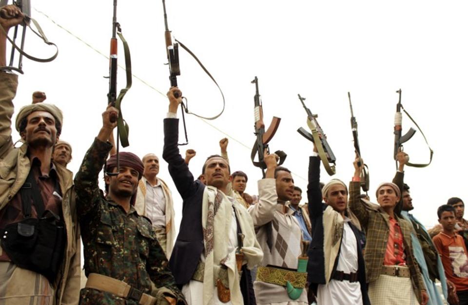 """هيئة دولية تكشف انتهاكات قوات """"الحوثي وصالح"""" بحق المعتقلين"""