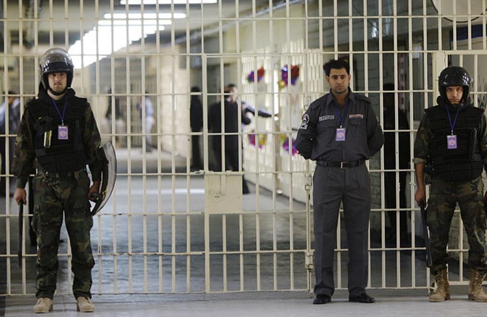 ضبط 8 هاربين من الاحتجاز ببغداد.. وإقالة أمنيين (شاهد)
