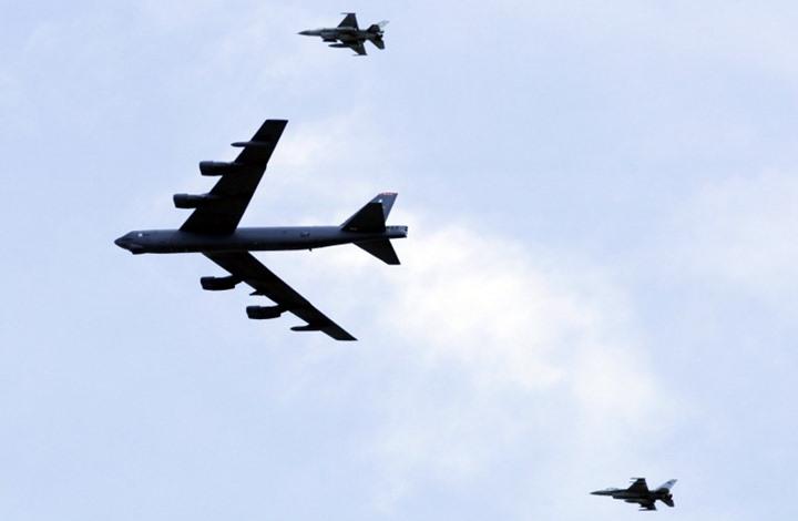 بعد حاملة الطائرات.. قاذفات بي 52 إلى الخليج لردع ايران