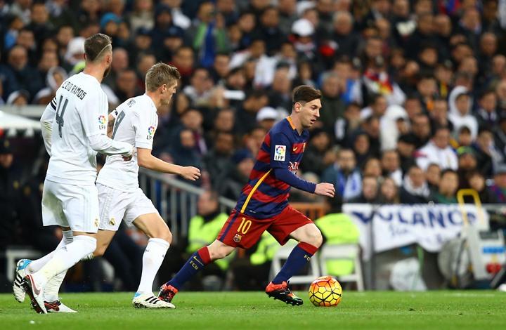 برشلونة يتحدى ريال مدريد حول عقد هذا النجم الواعد (صورة)
