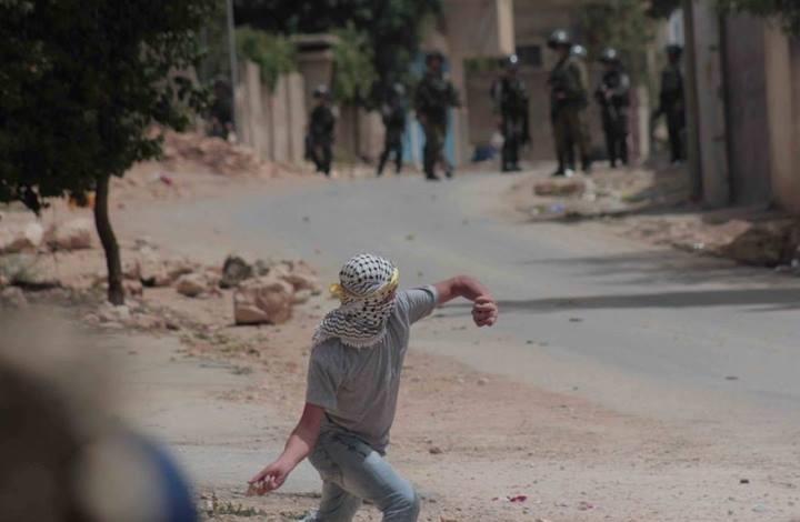 إصابة فلسطينيين بمواجهات مع الاحتلال تضامنا مع الأسرى (صور)