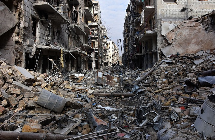 مقتل مدنيين بغارات روسية على حلب السورية دعما لتقدم النظام
