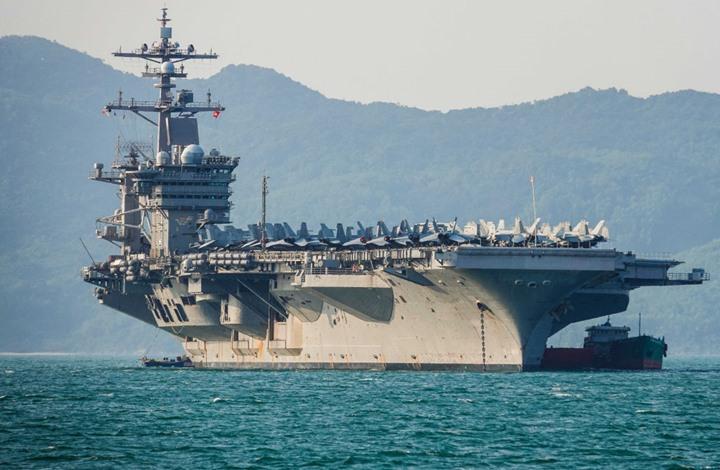 التايمز: هذا هدف أمريكا من نشر حاملة الطائرات بالشرق الأوسط