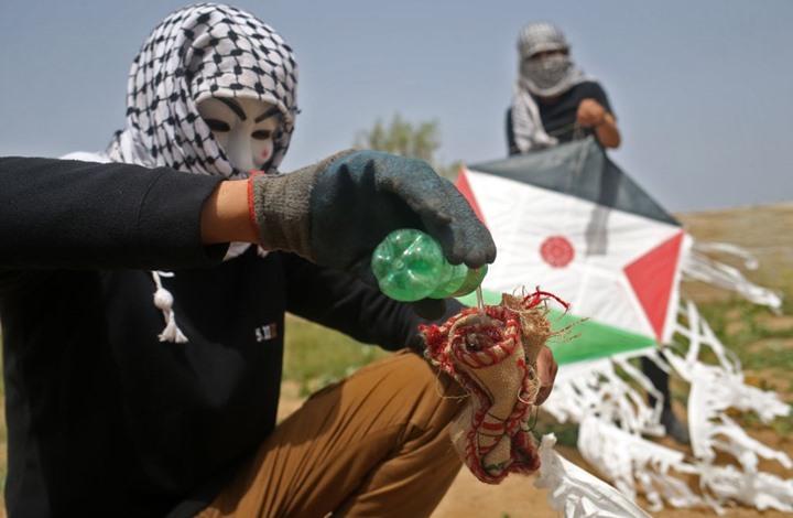 خبير إسرائيلي: طائرات غزة الورقية باتت تهدد الجبهة الداخلية