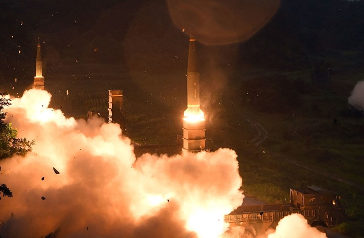 مواقع أمريكية: تجربة إيرانية لصاروخ باليستي.. هذا مداه
