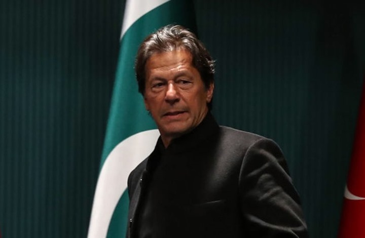 عمران خان يتهم الهند بالمسؤولية عن هجوم بورصة باكستان
