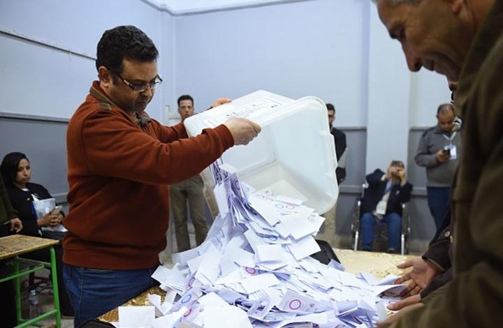 ميدل إيست آي: مراقبون يشككون بأرقام مصر عن الاستفتاء