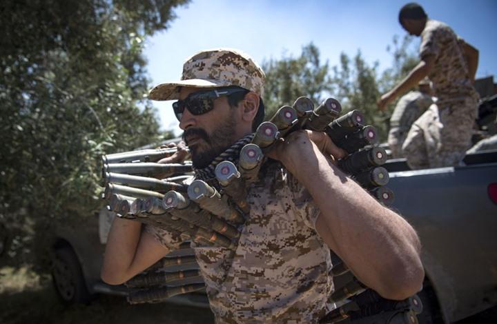 """تواصل المعارك مع تقدم """"صعب"""" لحكومة السراج جنوب طرابلس"""