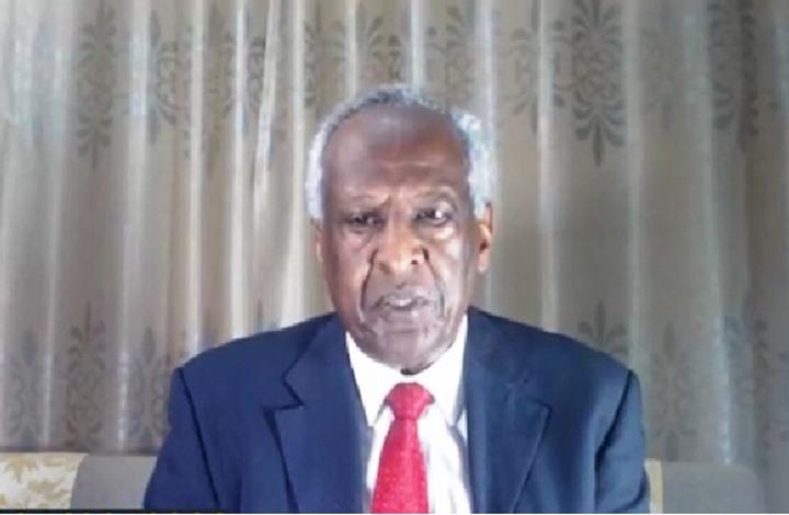 مفكر سوداني: الثورة لا تملك أن تنهي مشروع الإسلام السياسي!!