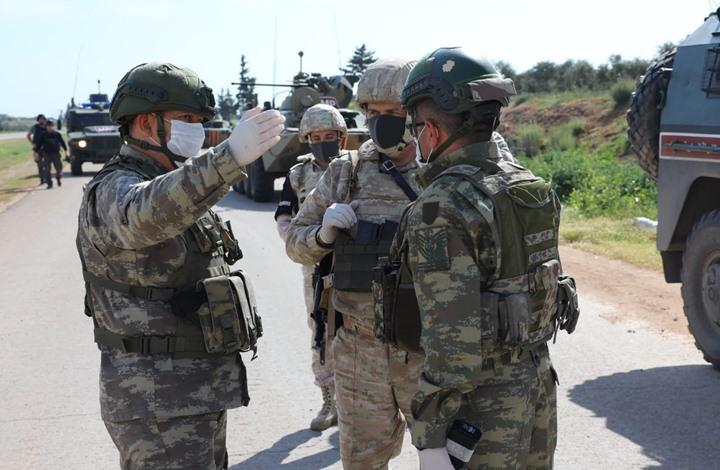 تسيير رابع دورية تركية روسية مشتركة في إدلب (صور)