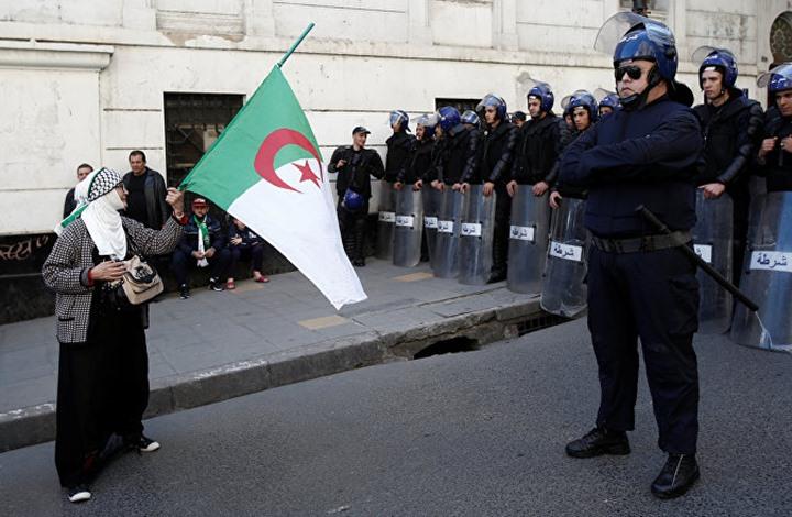 الجزائر تشدد عقوبة مس النظام العام.. ومخاوف على الحريات