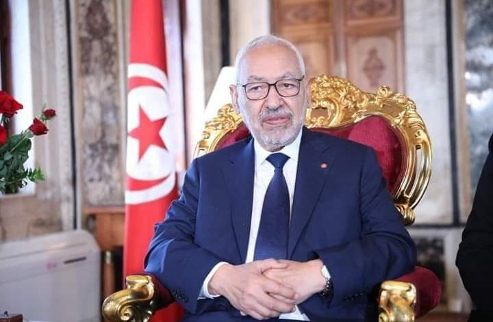 """""""غنوشي لست وحدك"""".. حملة على تويتر لدعم رئيس برلمان تونس"""