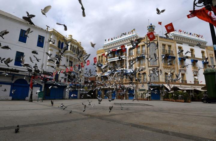 """خط مجاني للتبليغ عن """"العنف الأسري"""" خلال حظر التجول بتونس"""