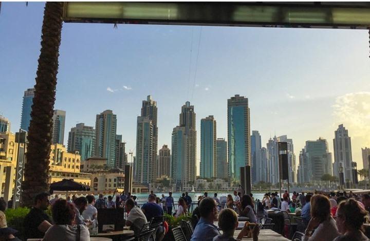 دبي تسمح لأول مرة للمطاعم بالعمل نهار رمضان دون قيود