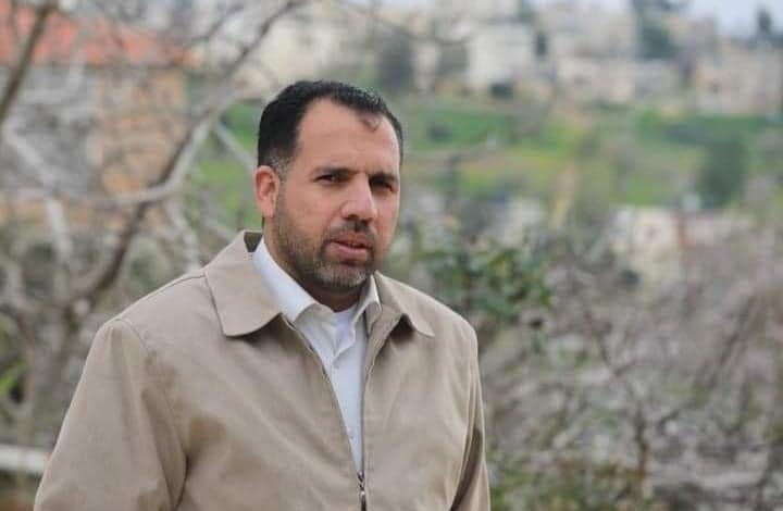 صحفي فلسطيني يبدأ إضرابا عن الطعام لحظة اعتقاله.. وإدانات
