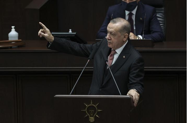 نائب معارض يهدد الرئيس التركي بمصير مندريس.. وأردوغان يرد
