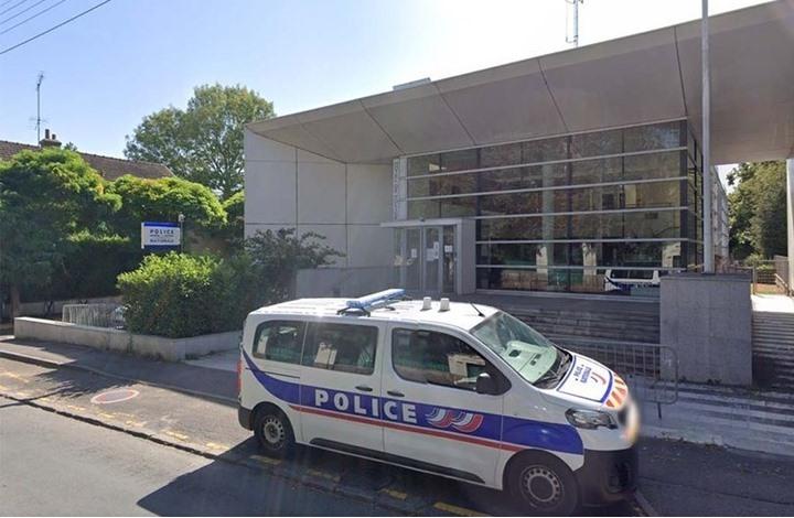 """مقتل شرطية فرنسية """"طعنا"""".. وإلقاء القبض على المهاجم"""