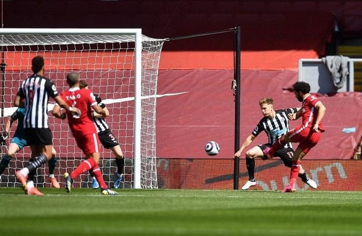 ليفربول يسقط في فخ نيوكاسل وصلاح يسجل هدفه الـ20