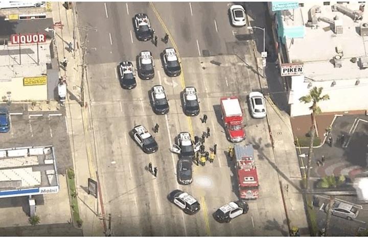 """الشرطة الأمريكية تقتل رجلا في هوليوود """"خوفا منه"""""""