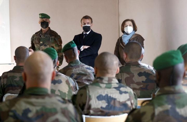 """جنرالات فرنسيون بانتظار عقوبات بعد بيان عن محاربة """"الإسلاموية"""""""