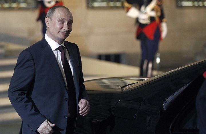 """الرئيس الروسي يفوز بلقب الرجل """"الأكثر جاذبية"""" في البلاد"""