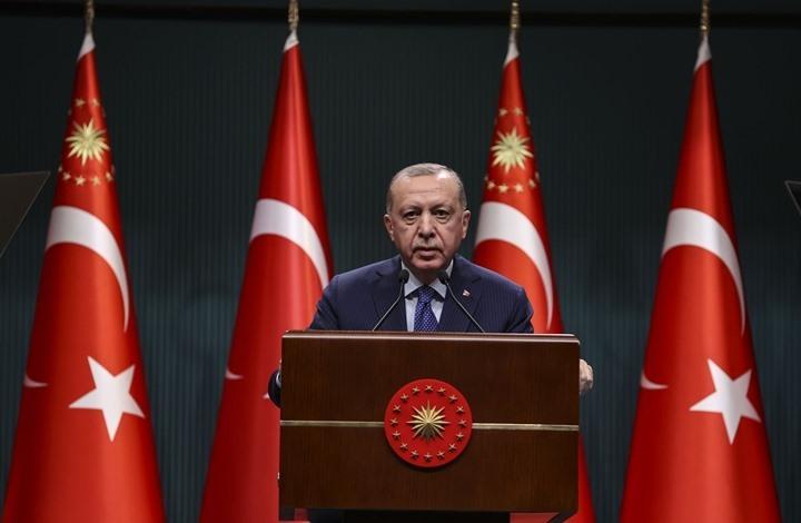 """أردوغان يهاجم """"الضباط المتقاعدين"""" ويوضح موقفه من """"مونترو"""""""
