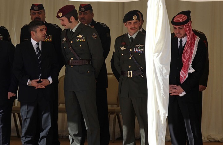 """هل أدخلت قيود النشر والضغوط الإعلام الأردني """"بيت الطاعة""""؟"""