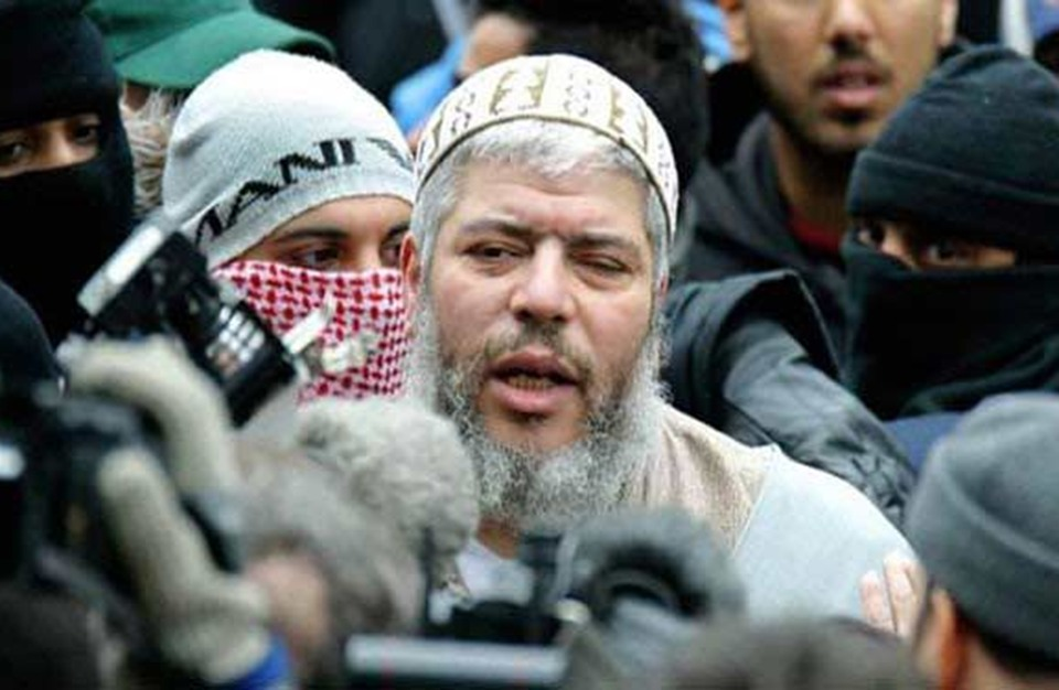 تلغراف: أبو حمزة المصري تعاون مع مخابرات بريطانيا