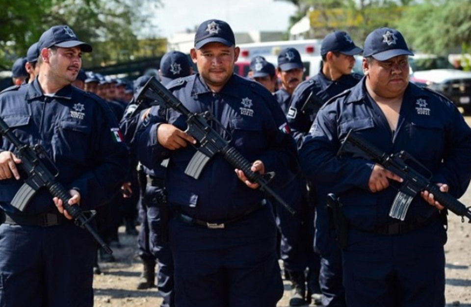 مقتل 44 شخصا باشتباك بين الأمن المكسيكي ومهربي مخدرات