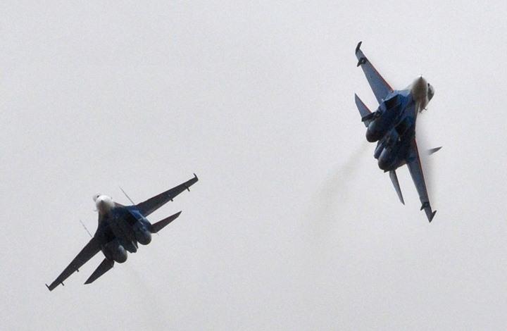 طائرات روسية تقتل العشرات بإدلب السورية.. وتنديد حقوقي