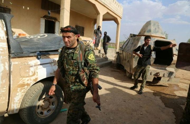 """""""سوريا الديمقراطية"""" تسلم قوات الأسد عشرات الشبان.. للتجنيد"""