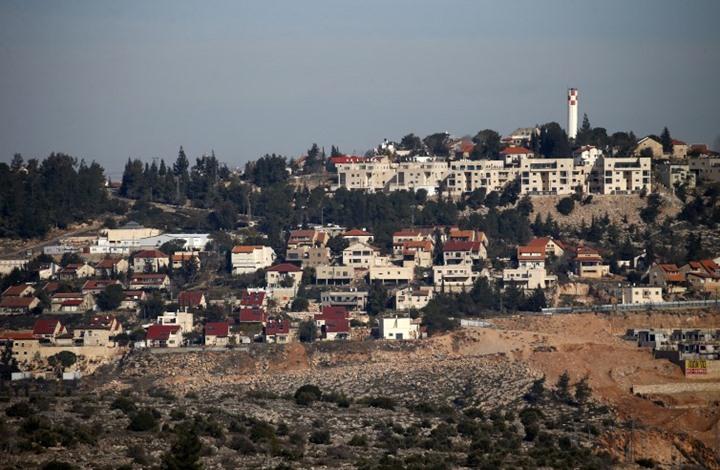 الاحتلال يصادق على بناء 1400 وحدة استيطانية بالضفة الغربية