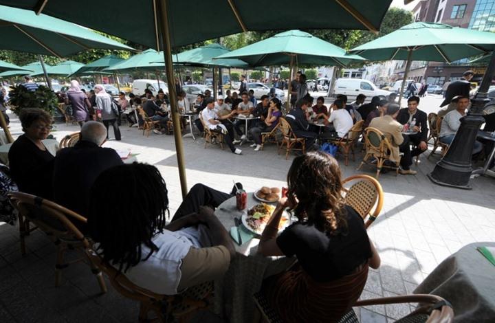 جدل في تونس بسبب المقاهي المفتوحة بنهار رمضان (شاهد)