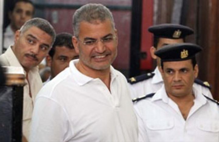 """""""عربي21"""" تنشر رسالة لعصام سلطان مسربة من سجن العقرب"""